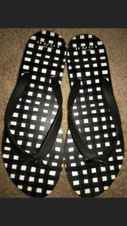 Coach NewYork Black & White Checkered Flip-flops W/decorativ