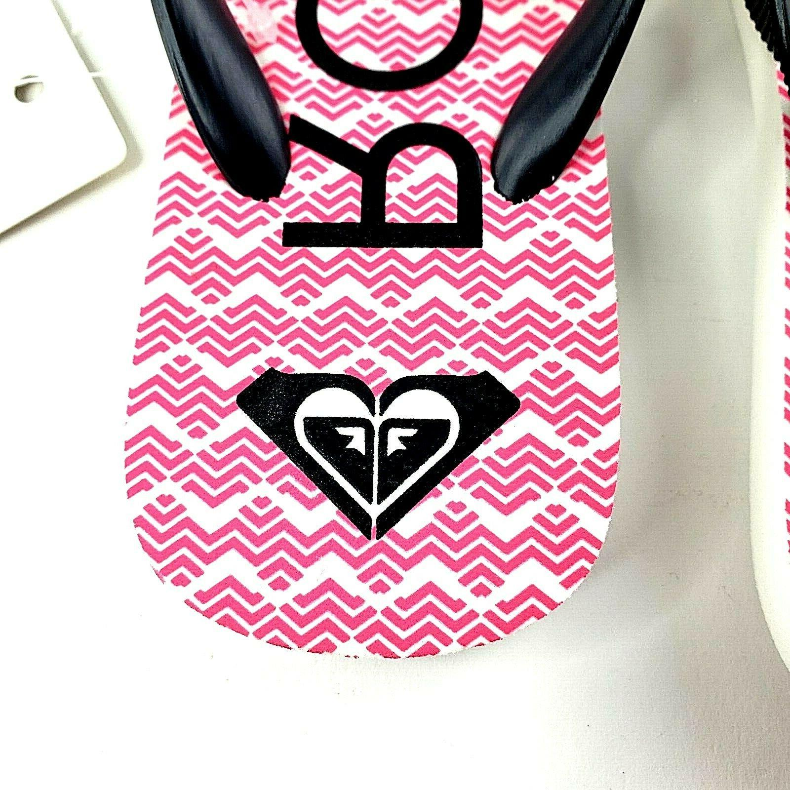 Roxy Girl Jujubee II Flip-Flops Sandals White Chevron Size NEW