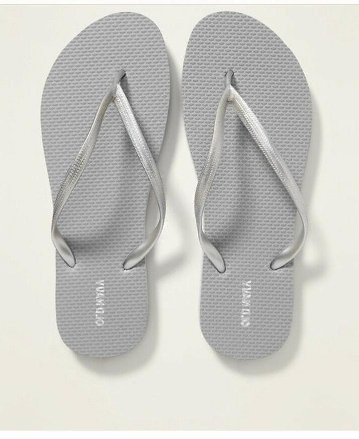 Old Navy Woman Flops Summer Beach Size 6,7,8,9,10,and 11 Brand NEW