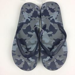 Target Mens Blue Camo Flip Flops Boys Size 4/5 large Vacatio