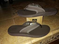 NEW $54 Mens Reef Phoenix Flip Flops, size 7