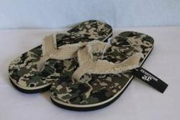 NEW Mens Camo Flip Flops Size Small 8 - 9 Frayed Camouflage