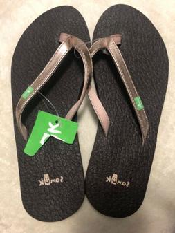 New Women's Sanuk Flip Flops Size 5