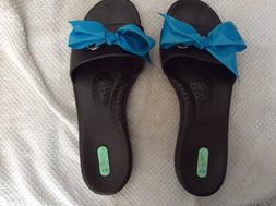 okabashi or oka flip flops, M/L, 8-9, rubber, brown with blu