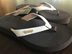 REEF Women's Star Cushion Sassy Flip Flops - Brown/White