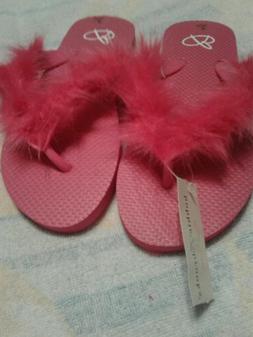 Summer fuzzy flip flops size 5-6 & 7-8 bright pink girls wom