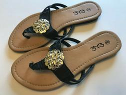 Woman's Sandals New With Tags