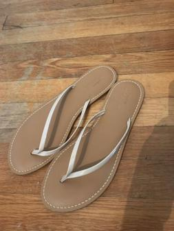 Womans Old navy sandals size 9 tan base with cream strap...