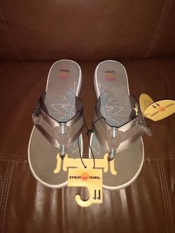 Earth Spirit  Women's Gray Flip Flops Size U.S 11