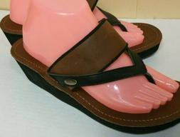 Acorn Women's NWOT Wedge leather upper Thongs Flip flops San