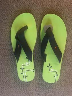 Womens Nike Flip Flops - Size 12M